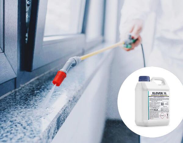 Detergente Igienizzante Sanificante A BASE DI CLORO ATTIVO AL 2,2% - 15 kg/30 kg