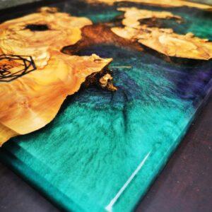Resina epossidica con pigmenti metallici