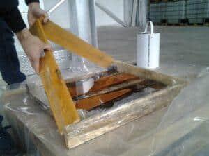 Come costruire un tavolo di legno e resina resine epossidiche resin pro - Tavoli in legno e resina ...