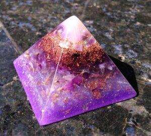 Come realizzare un cristallo con dentro un fiore vero?